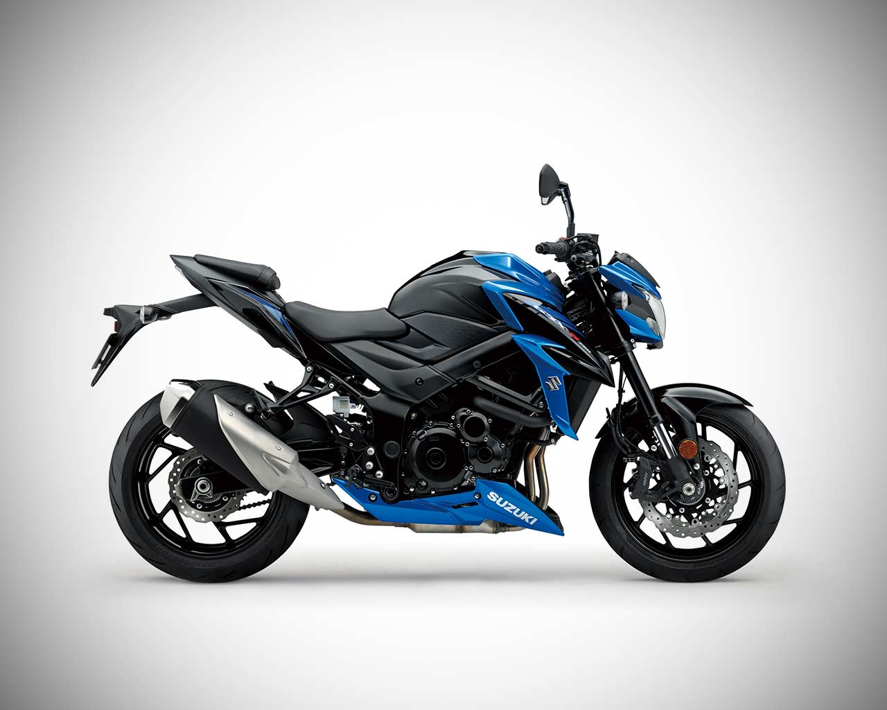 Suzuki GSX-S750 launched in India; Priced at INR 7.45 Lakh | AUTOBICS