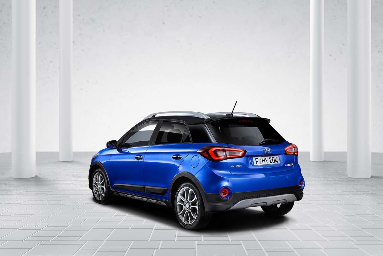 2018 hyundai i20 active for europe unveiled comes with idle stop and go hyundai smartsense. Black Bedroom Furniture Sets. Home Design Ideas