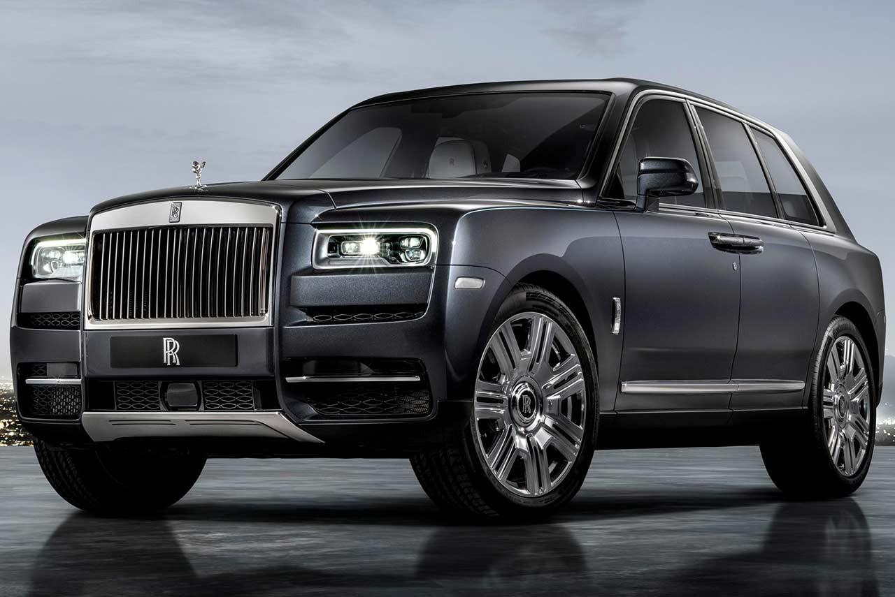 2019 rolls royce cullinan suv front quarter autobics. Black Bedroom Furniture Sets. Home Design Ideas