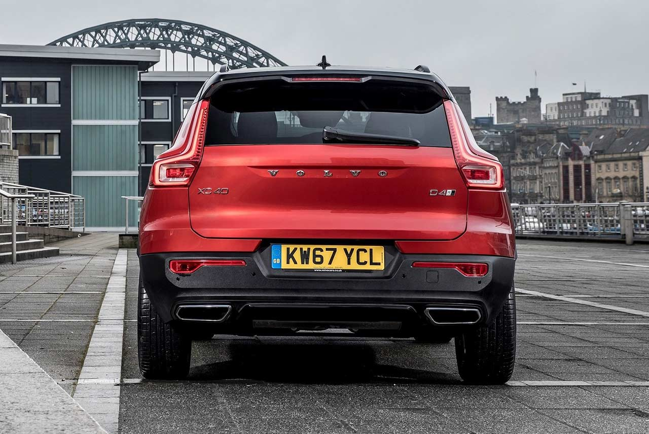 Volvo XC40 Fusion Red Rear 2018 | AUTOBICS