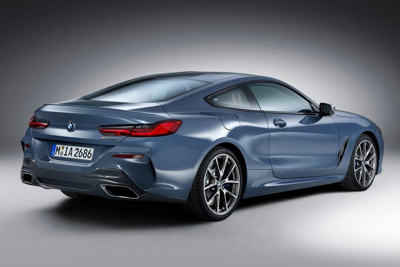 Elantra Coupe 2018 >> 2018 BMW 8 Series Coupe Rear Right Studio | AUTOBICS