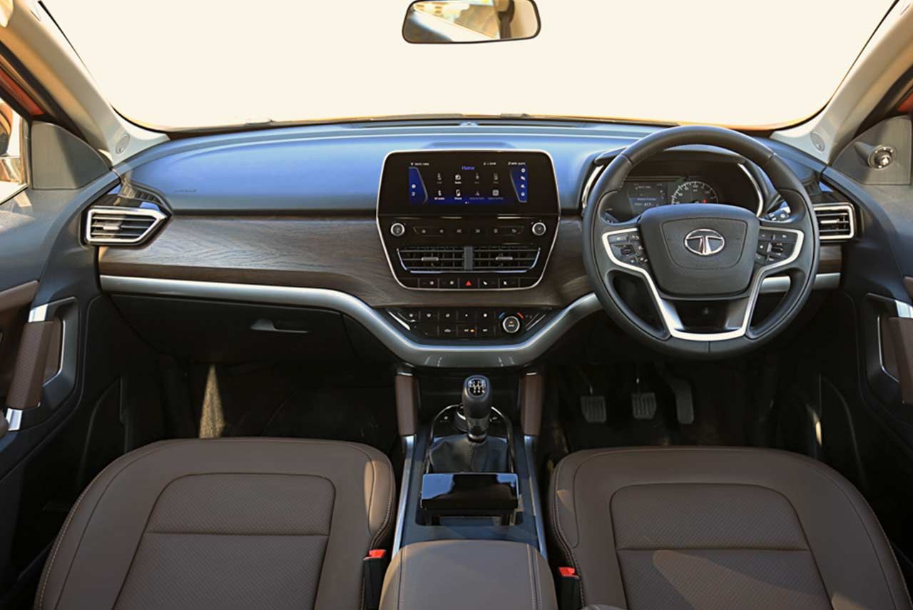 Red White And Blue Auto Sales >> Tata Harrier Interior 2018 | AUTOBICS