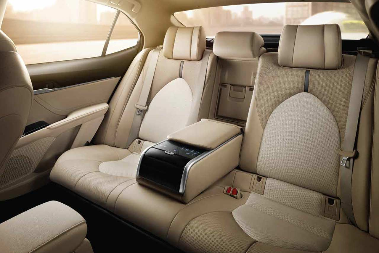 2019 Toyota Camry Hybrid Rear Seats Autobics