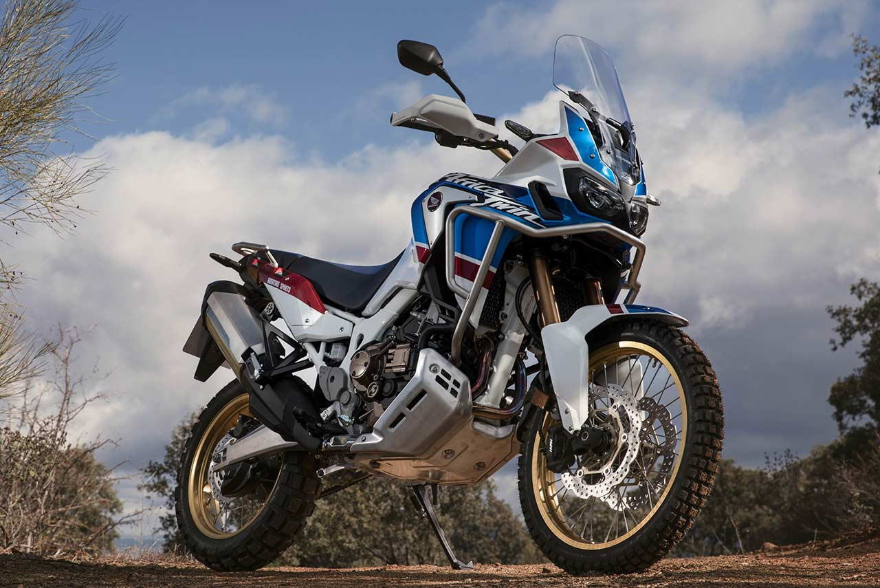 2019 honda africa twin crf1000l front quarter autobics. Black Bedroom Furniture Sets. Home Design Ideas