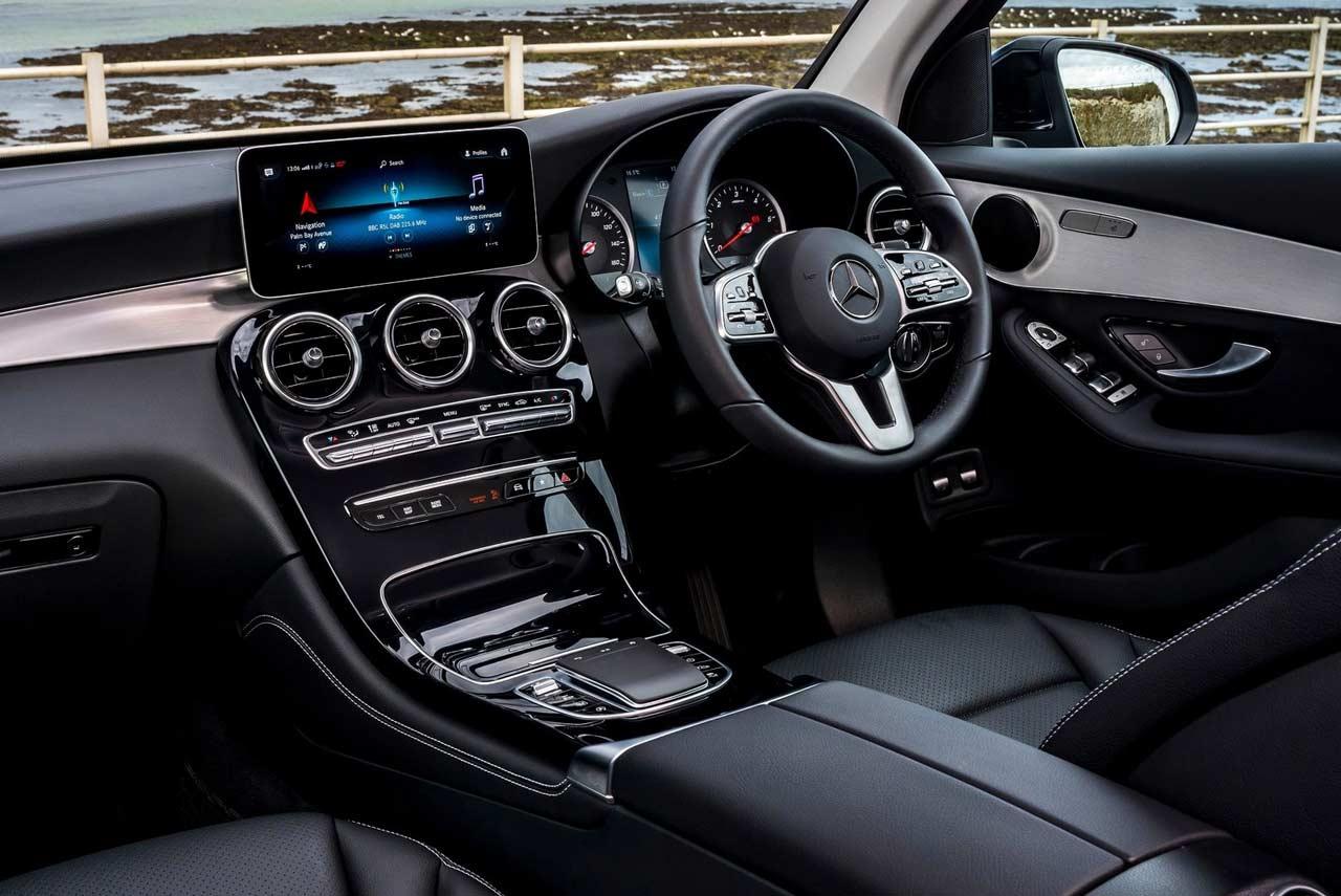 Mercedes-Benz GLC Interior 2019   AUTOBICS